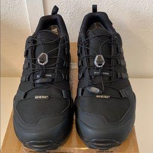 NEW Adidas Terrex Swift R2GTX Hiking Shoes Men 11